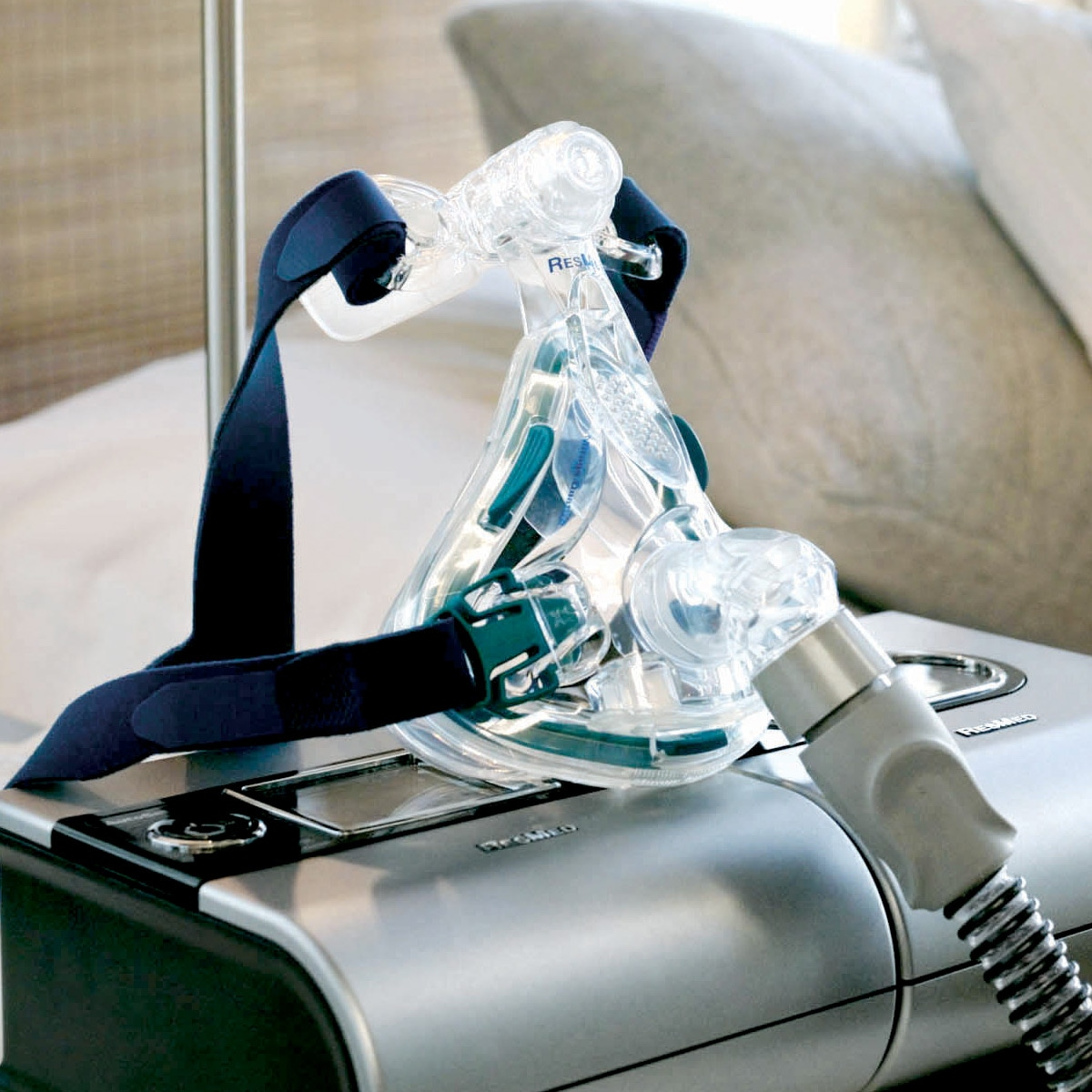 Mirage Quattro™ Full Face CPAP/BiLevel Mask with Headgear